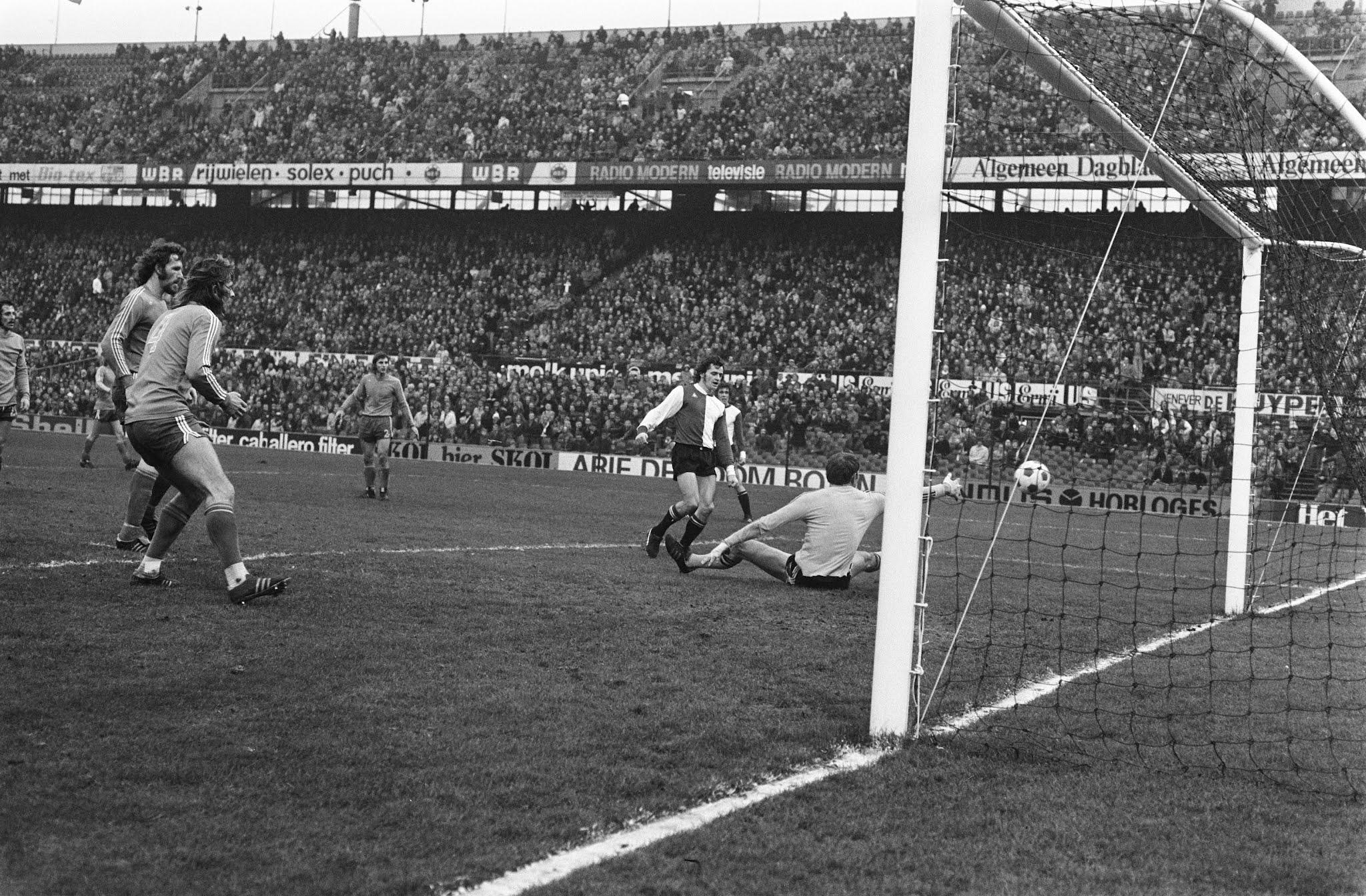 Jørgen Kristensen scoort de tweede goal