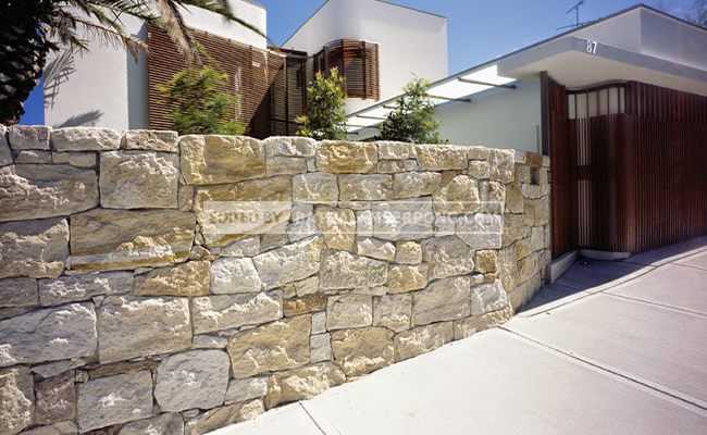 pagar batu palimanan