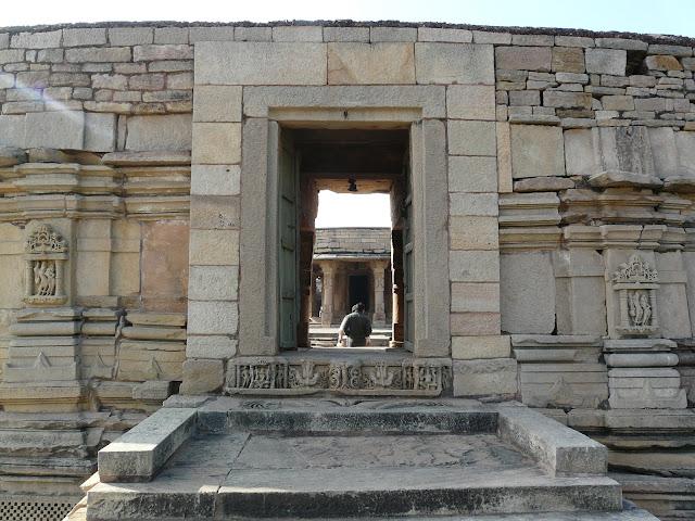 चौसठ योगिनी मंदिर मुरैना,chausath yogini mandir