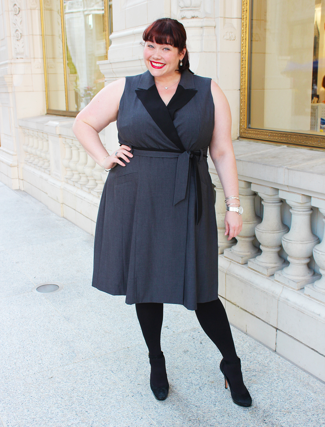Chicago Plus Size Blogger Amber from Style Plus Curves in a Sleeveless Suit Dress with Hanes Just My Size Blackout Tights, fall fashion, black tights
