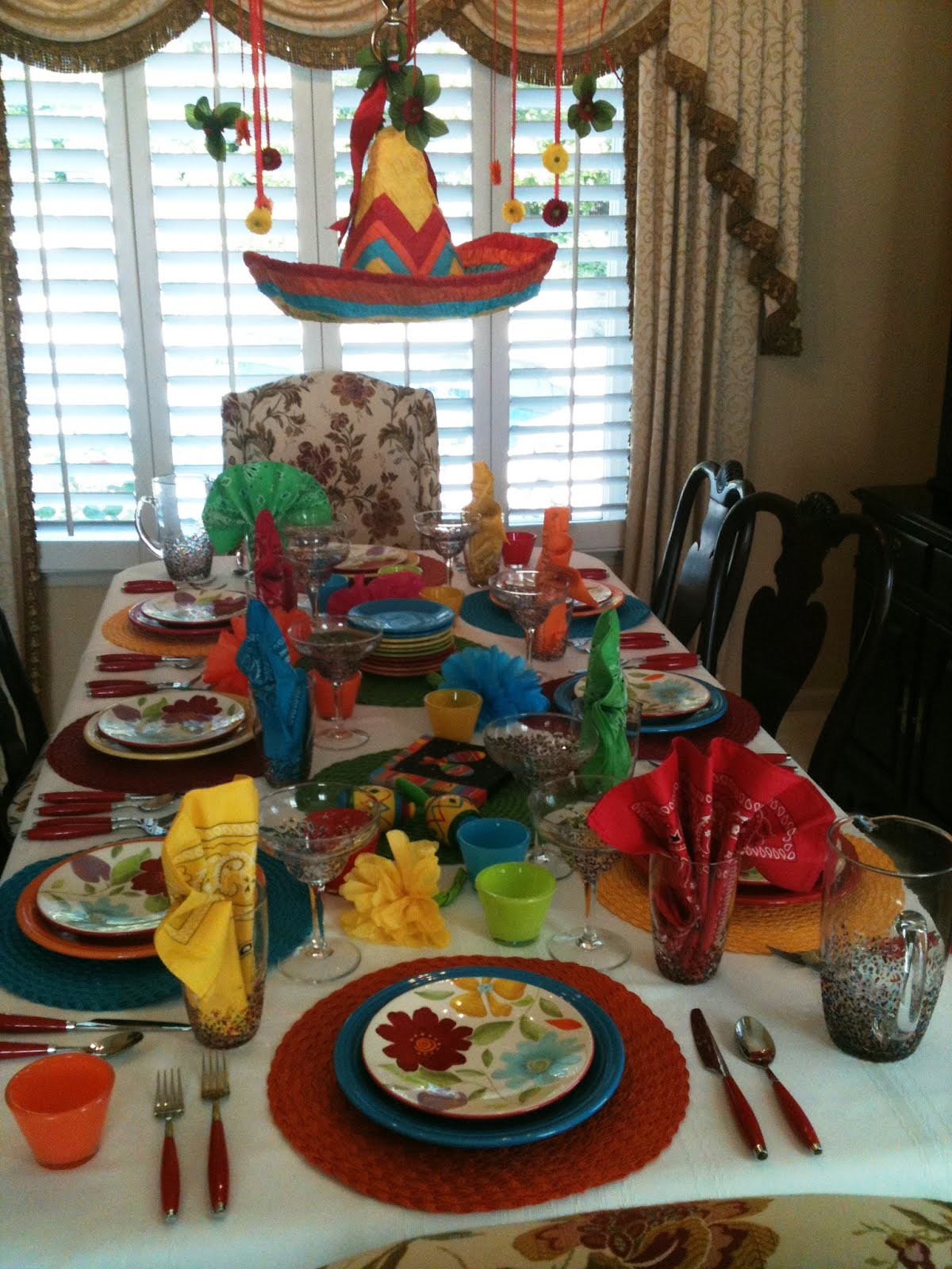 Make it delightful fiesta mexicana ole - Decoraciones de salones de casa ...