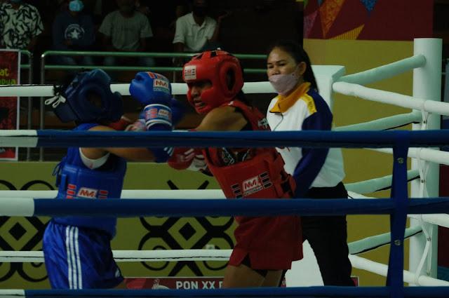 10 Petarung Muay Thai Papua Berhasil Lolos ke Grand Final PON XX.lelemuku.com.jpg