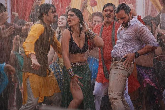 Mahie Gill saif ali khan jimmy shergil wet dance in bullet raja