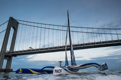 Macif de François Gabart arrive à New York et remporte The Transat !