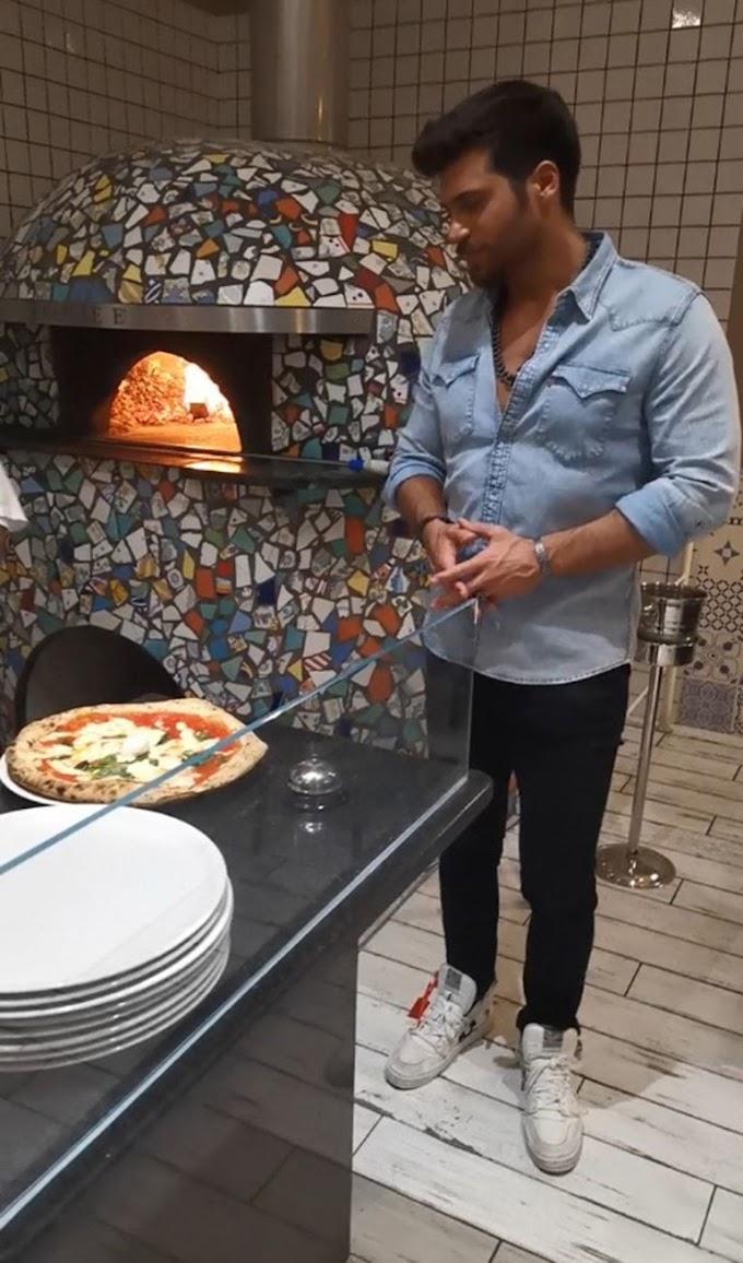 Can Yaman revolutionizes a pizzeria in Milan