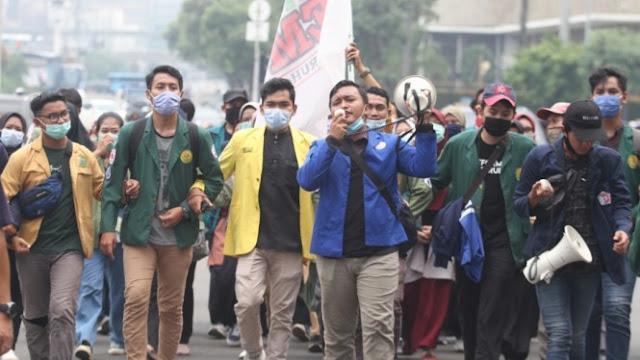 Pengamat Komunikasi: Ultimatum BEM SI Serius, Jokowi Sebaiknya Mendengarkan