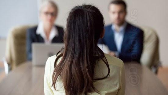 12 truques linguagem corporal entrevistas emprego