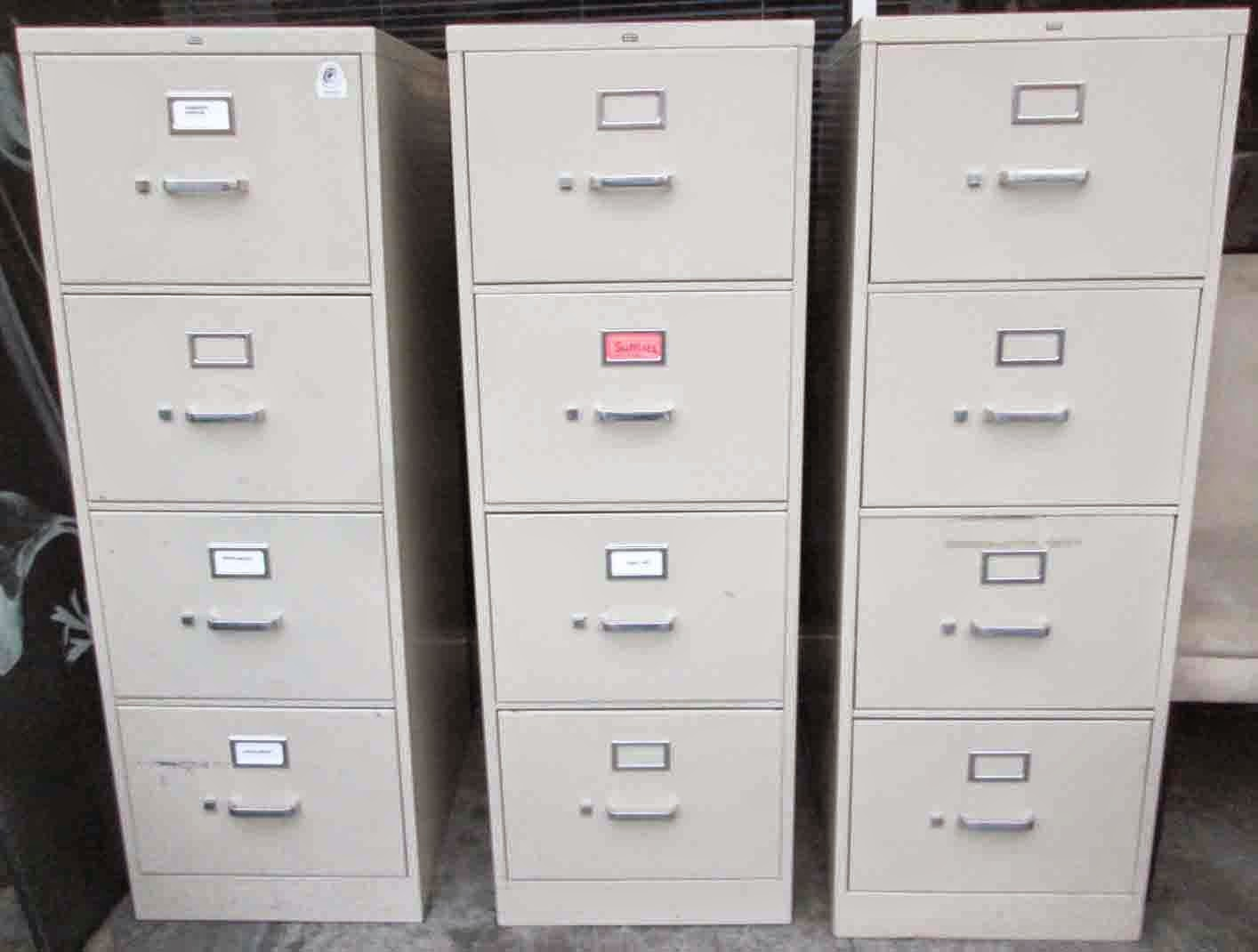 Perfect HON H320 Series Legal Size 2 Drawer Vertical File Cabinet