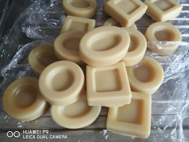 shampoo solido perfetto per capelli trattati - www.glialchimisti.com
