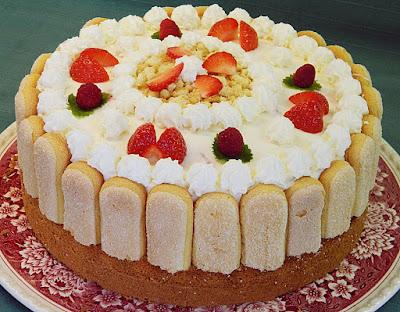 Kuchen Quark Sahne Torte Mit Himbeeren