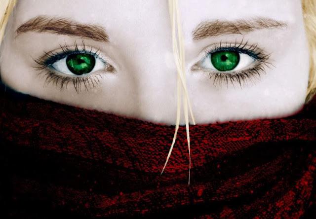 هل يمكننا تغيير لون العين الذي ولدنا به؟