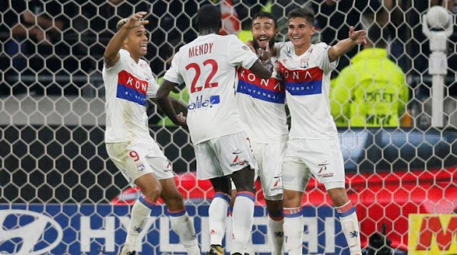 Lyon Bantai Everton Dengan Skor 3-0
