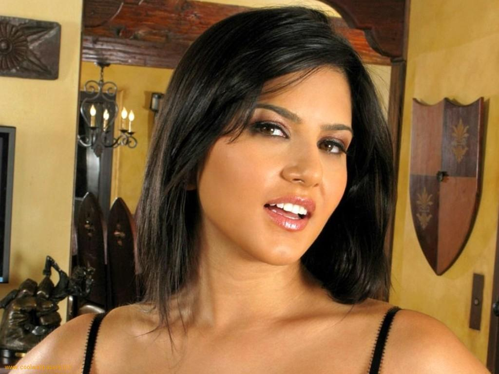 Sunny Leone Wallpaper Hot  Hot Actress-7598