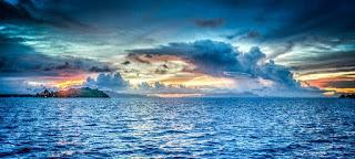 peribahasa air tenang menghanyutkan dan artinya