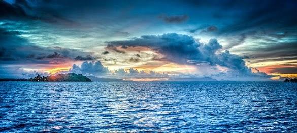 Peribahasa Air Tenang Menghanyutkan Beserta Artinya