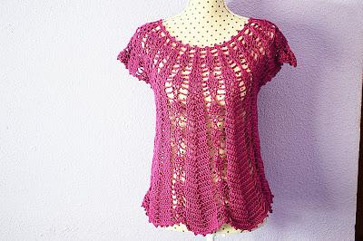 Blusa con piñas Majovel crochet 5