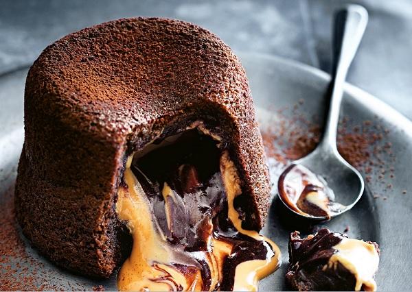 Method of action of liquid chocolate fondant