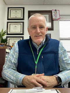 Image of Dr. Mike Curry