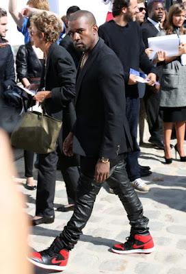 El cantante Kanye West conquista el mundo de la moda (I)