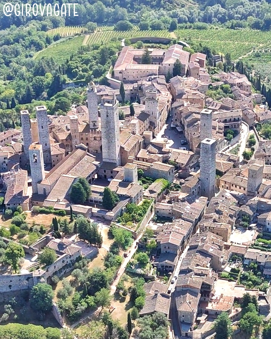 San Gimignano vista da ultraleggero