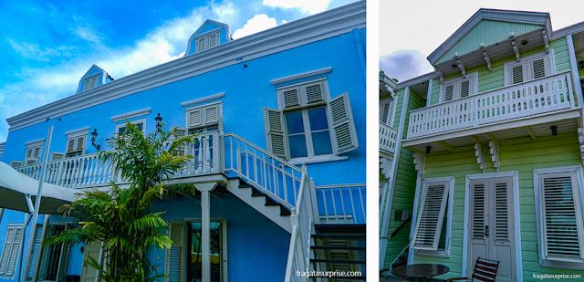 Instalações do Hotel Kura Hulanda, em Curaçao, reproduzindo uma vila colonial holandesa