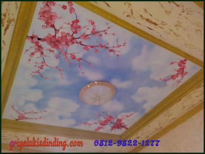 Lukisan plafon gambar motif awan dan bunga sakura