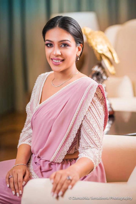 Yoshitha-Rajapaksa-wife
