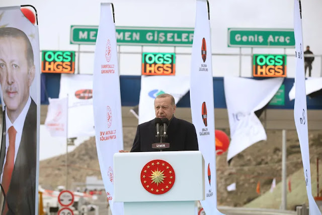 """Ο Ερντογάν το παίζει """"αφεντικό"""" στη Συρία"""
