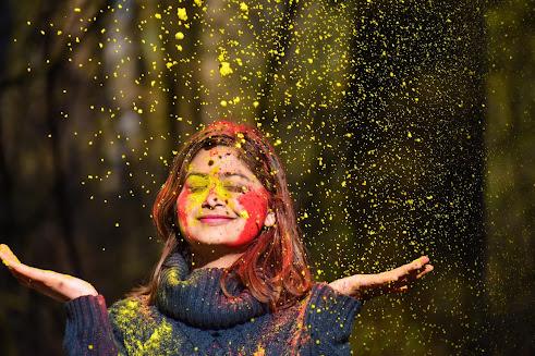 Holi 2021 : How Holi Celebrate In India