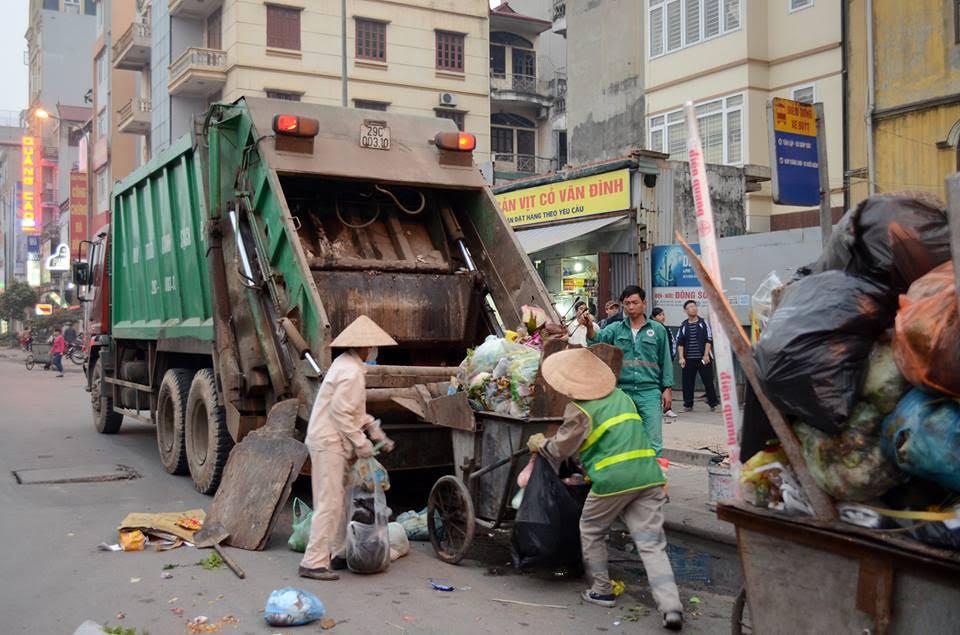 Quản lý chất thải rắn sinh hoạt trên địa bàn thành phố Hồ Chí Minh