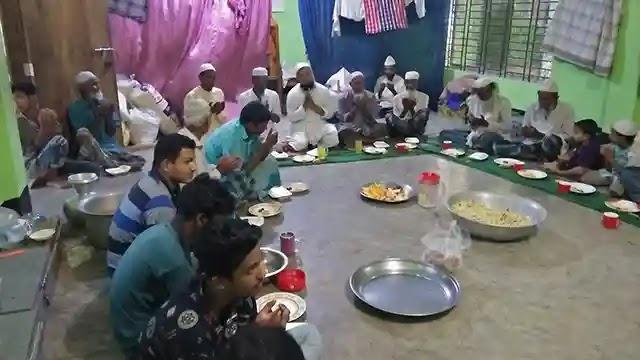 ঘাটাইলে কৃষকলীগের নেতা হেপলুর উদ্যোগে ইফতার ও দোয়া মাহফিল