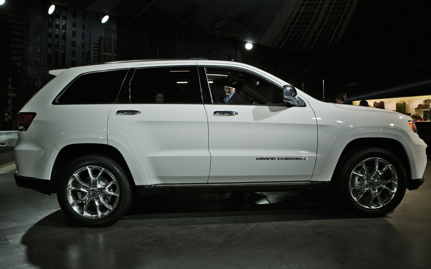 2014 jeep cherokee towing capacity autos weblog. Black Bedroom Furniture Sets. Home Design Ideas