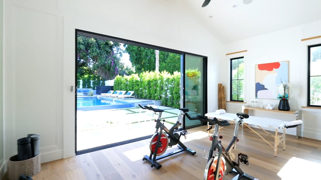 14 Interior Photos vs. 14954 Greenleaf St, Sherman Oaks, CA Luxury Home Tour