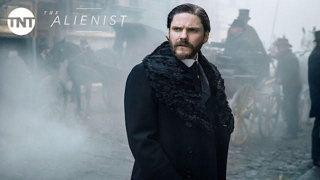 Daniel Bruhl in The Alienist @Chapter1-Take1.com