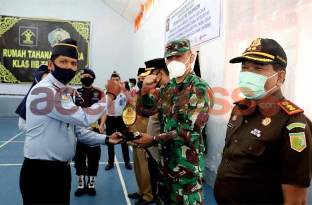 Dandim 0106 Aceh Tengah Hadiri Apel Deklarasi Janji Kinerja tahun 2021 Di Lapas Kelas II B Takengon