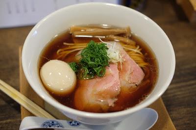 長野市にあるつけ蕎麦 尚念 味玉中華そば