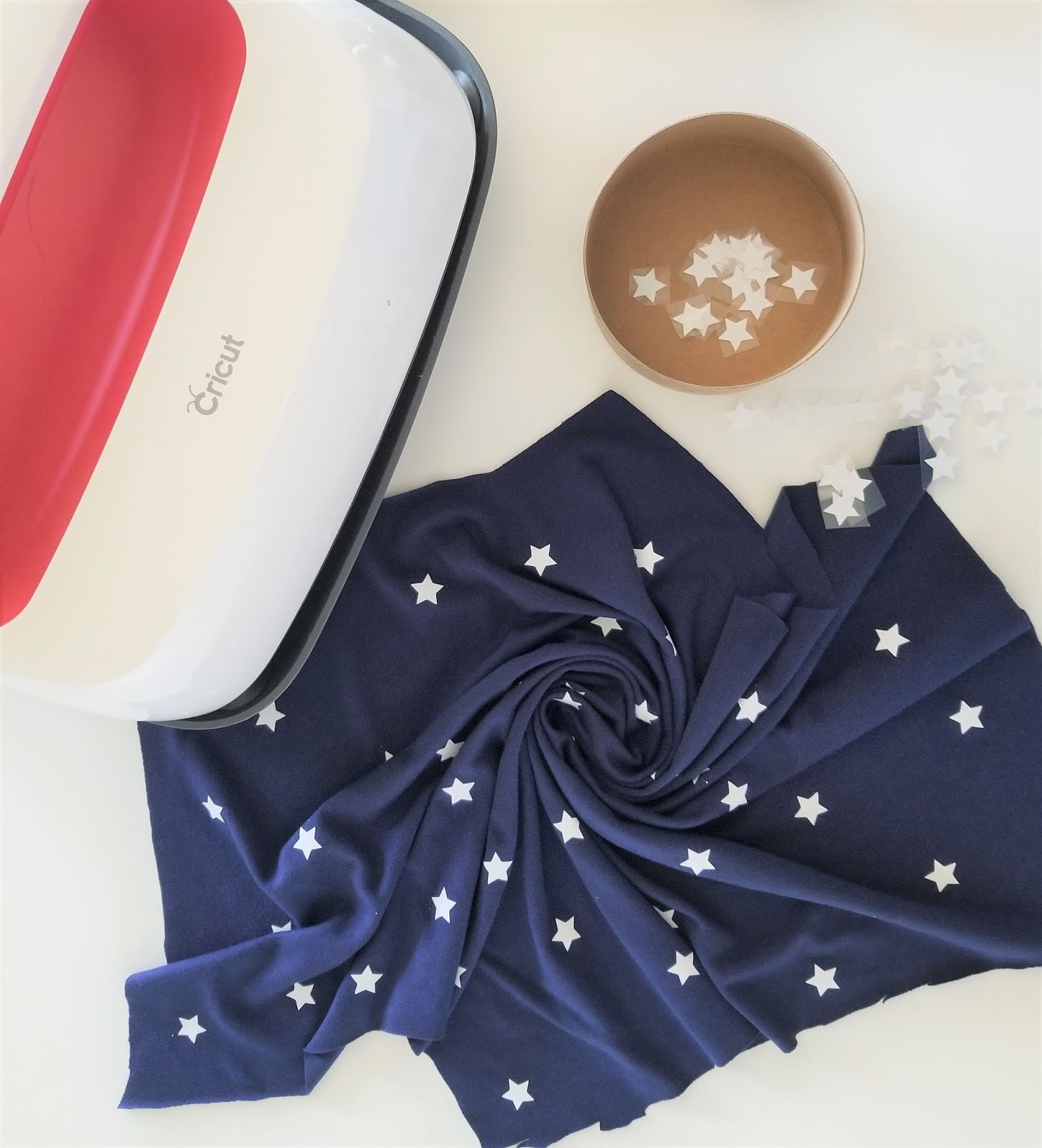 Easy Way to Design Your Own Fabric with Vinyl   Sew Simple Home
