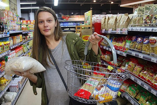 Какие уловки используют супермаркеты, чтобы вы тратили больше