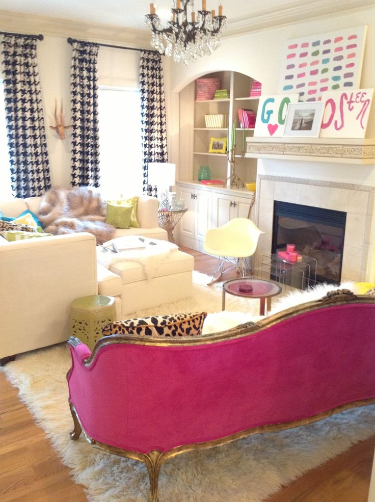 Eye For Design Decorating With Hot Pink Furniture