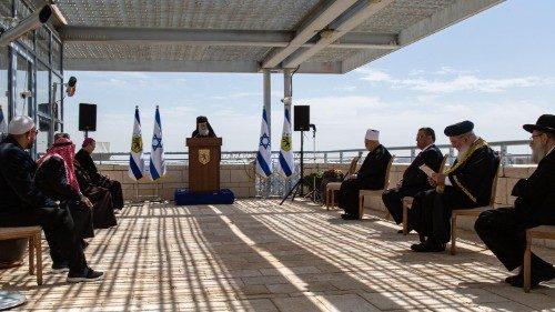 Pemimpin Tiga Agama di Yerusalem Berdoa Bersama untuk Hentikan Virus Corona