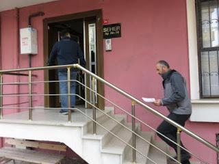 الشرطة التركية تزور منازل السوريين في اسطنبول بحثًا عن المخالفين