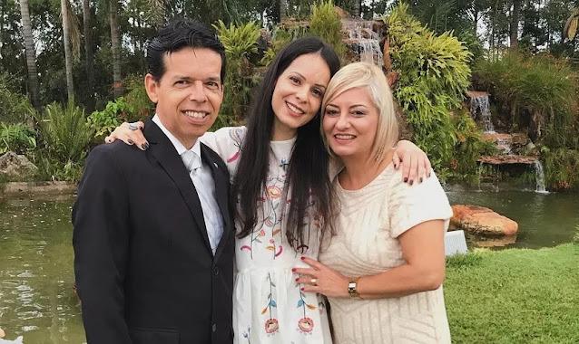 """Marcela Taís pede oração pelos pais internados com Covid-19: """"Crendo que tudo ficará bem"""""""