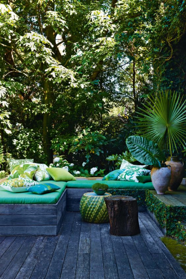 A jungle outdoor oasis