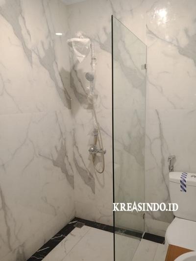 Kaca Tempered pembatas kamar mandi pesanan Bpk Ady di Sentul City Bogor