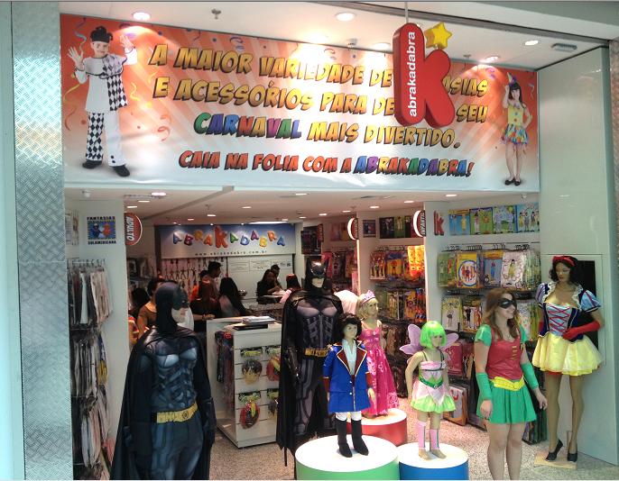 53a7c9cb8 A ABRAKADABRA, uma das maiores redes de loja de fantasias da capital  paulista, expande seus negócios e inaugura sua primeira unidade na Grande  São Paulo, ...