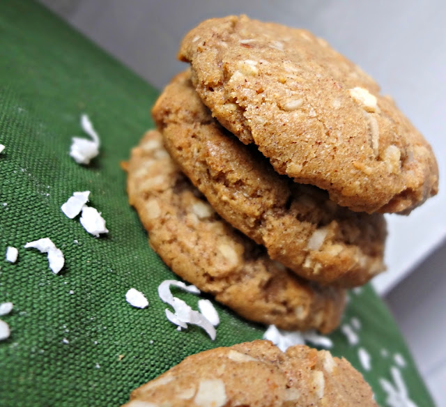 Brown Butter Cinnamon Coconut Cookies