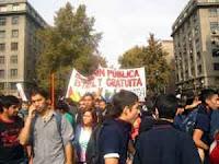 Multitudinaria marcha en Chile por la educación gratuita