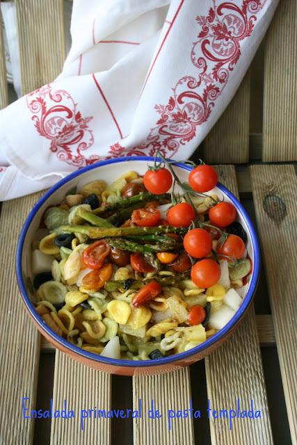 Ensalada de pasta templada