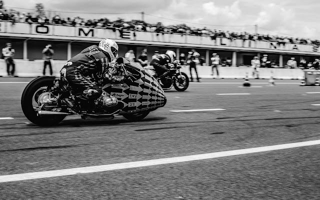 Sultans of Sprint at Wheels & Waves and Café Racer Festival 2016