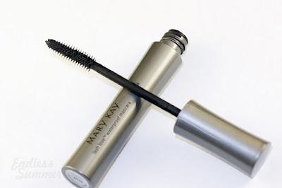 mascara-para-cilios-mary-kay-prova-dagua-lash-love-black